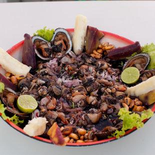 Cebiche de conchas negras (Créditos: Raúl García, PROMPERU)